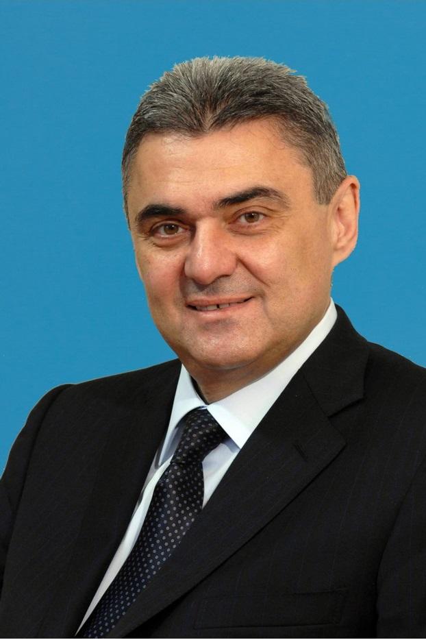 Арутюн Максимович